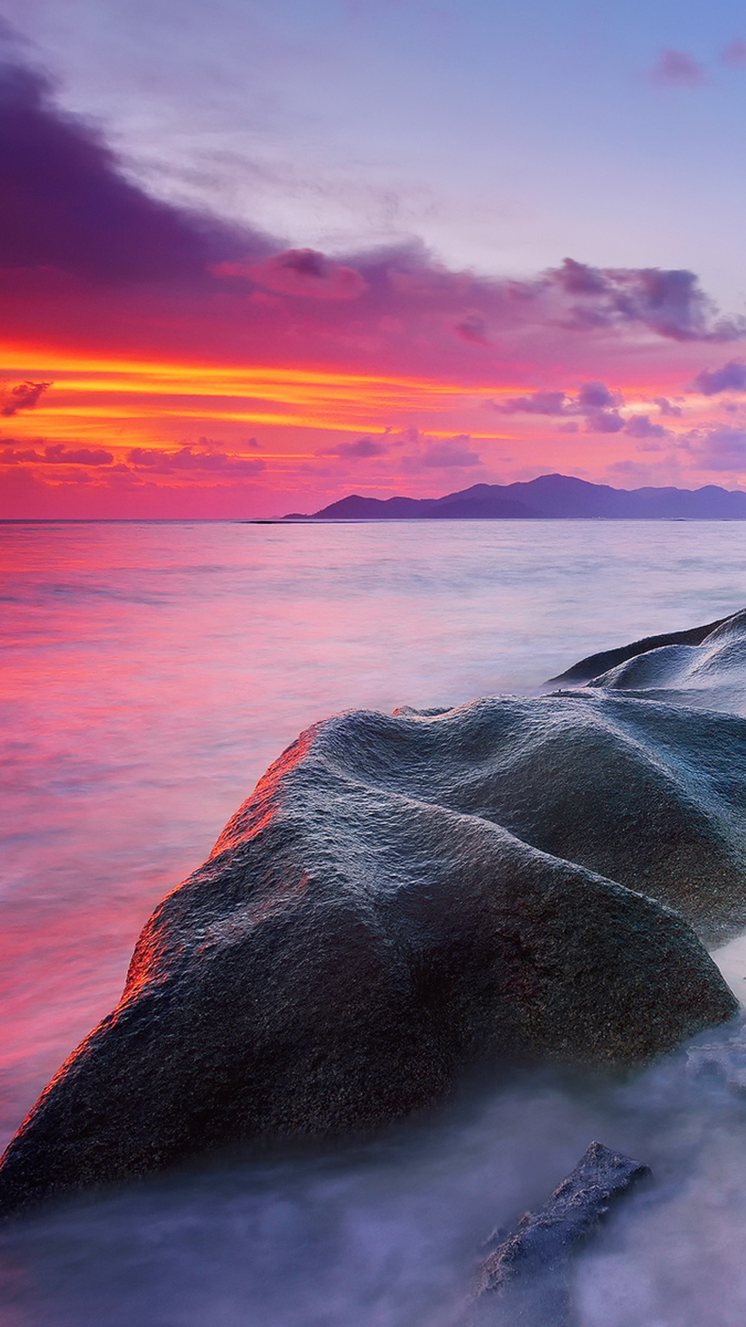 IPhone 8 Rocks Beach Sunset