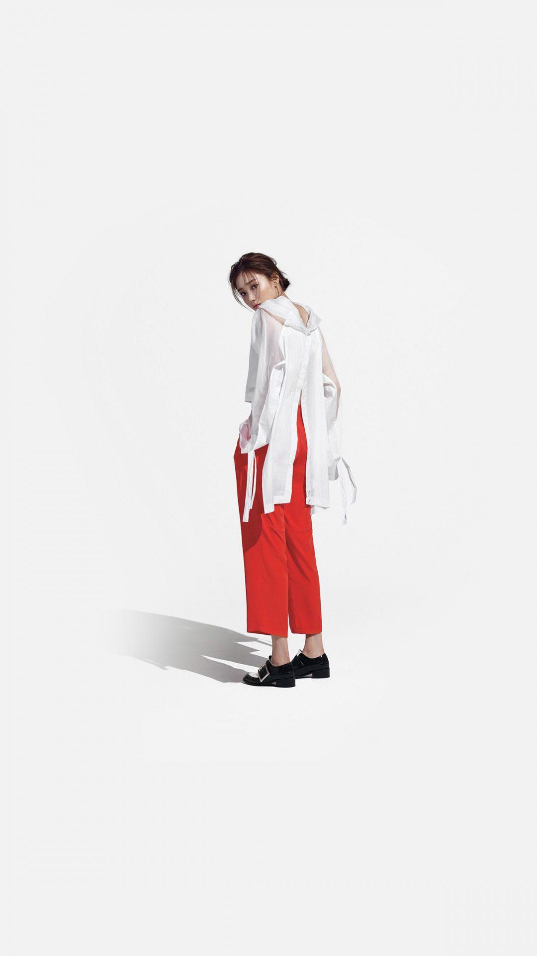 Kpop Sungkyung Model White