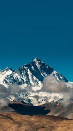 Snow Solo Mountain High Nature