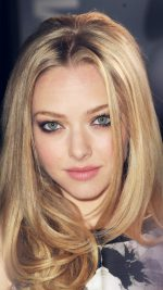 Amanda Seyfried Hollywood Celebrity