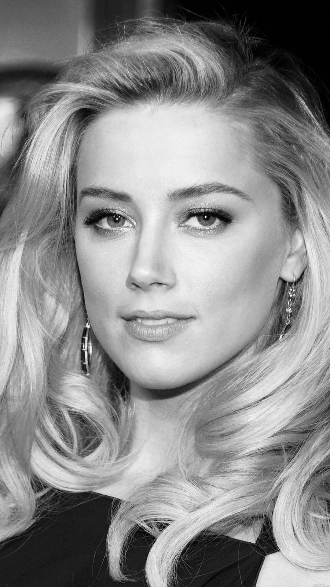 Amber Heard Black Dress Hollywood Star