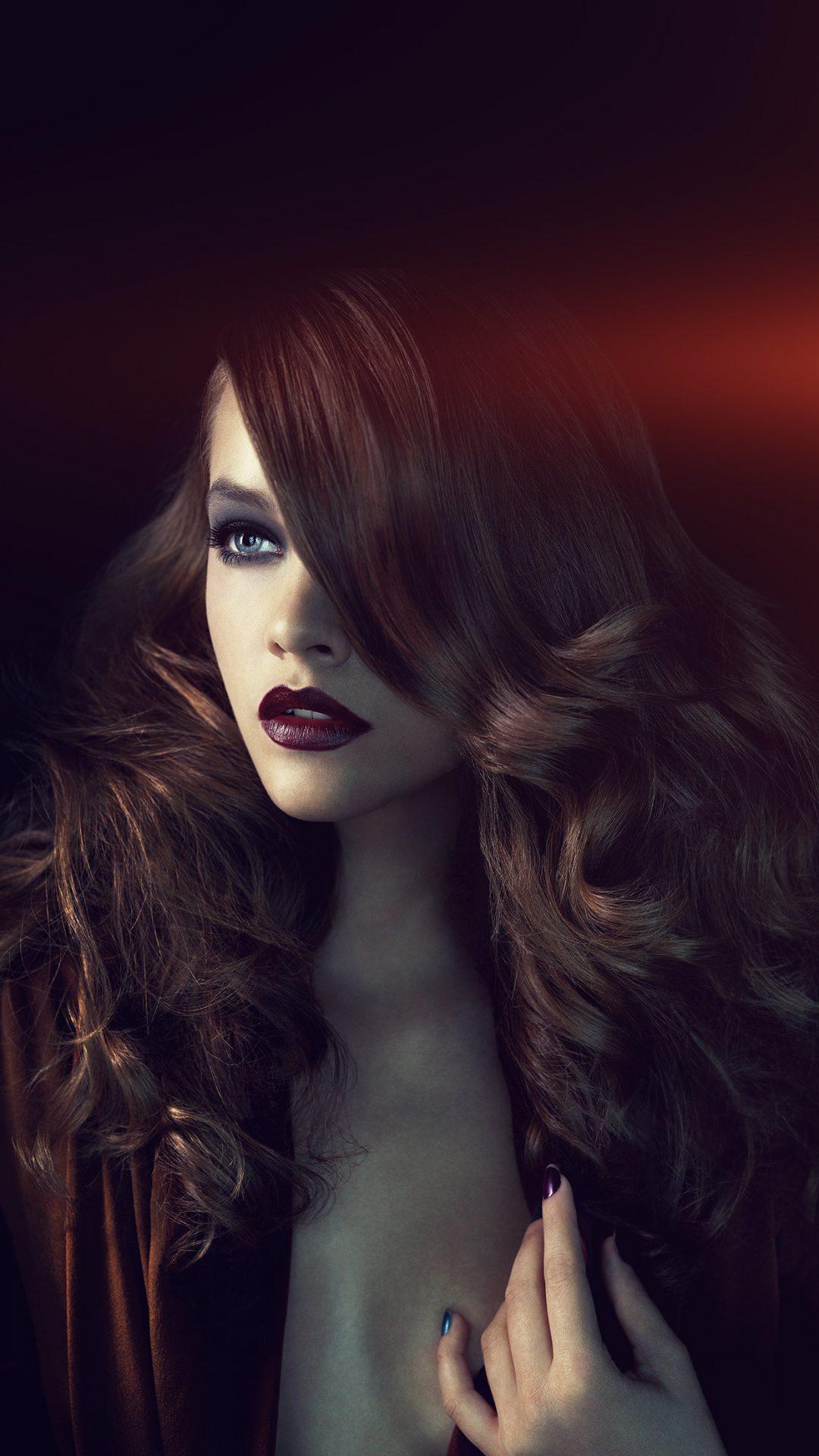 Barbara Palvin Dark Model Cute Flare