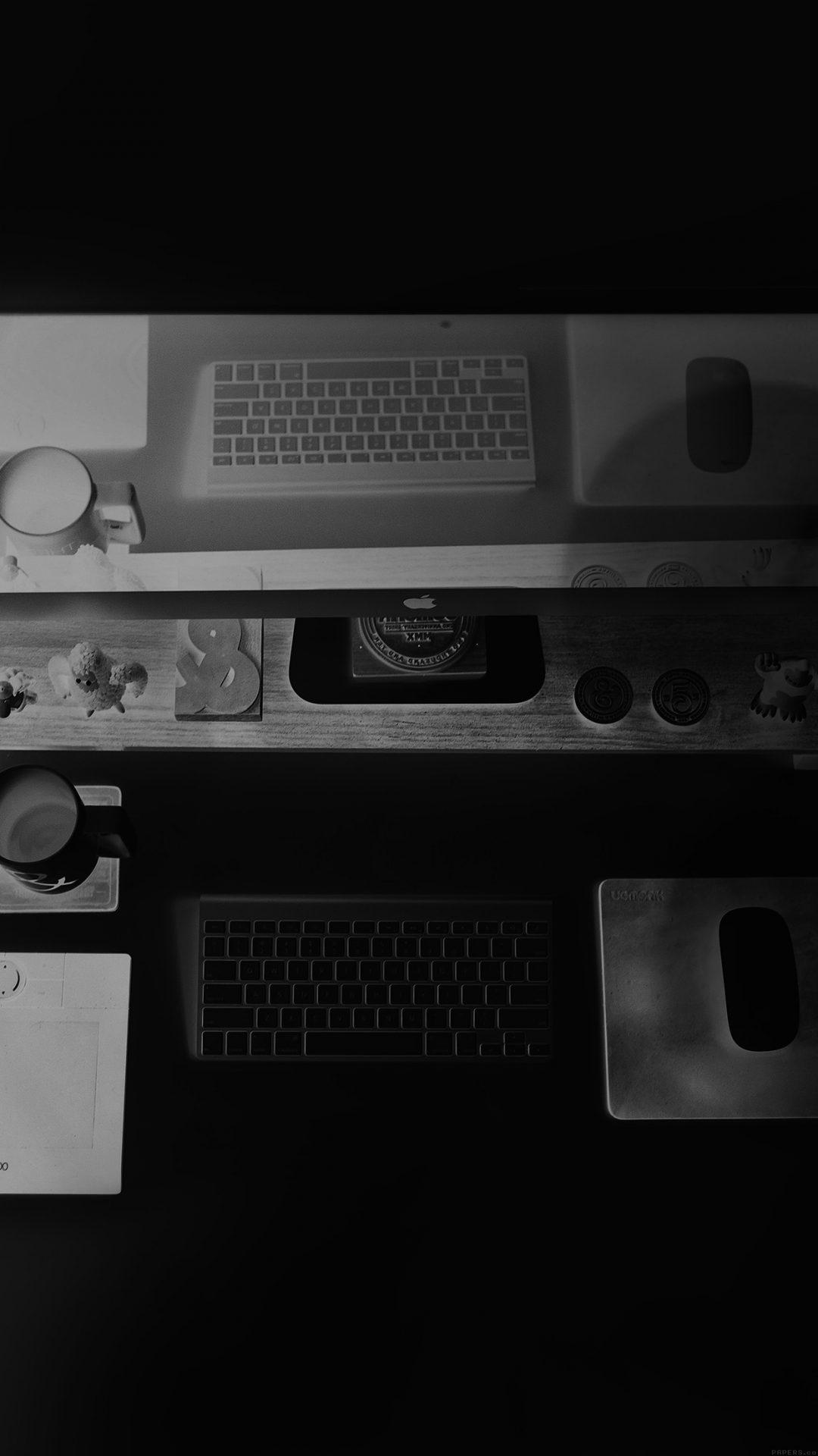 Mac Apple Desk Jeff Sheldon Dark Office