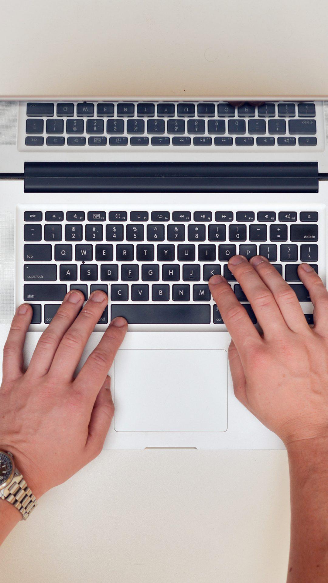 Mac Apple Lover Hand